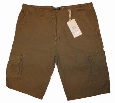 """Bermuda met zakken aan zijkant  """" Maxfort """" Groen"""