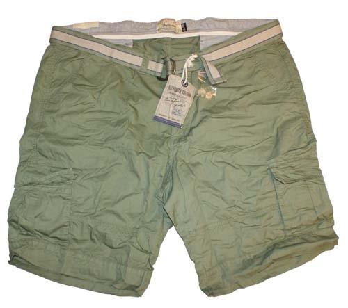 """Bermuda met zakken aan zijkant  """" Groen """""""